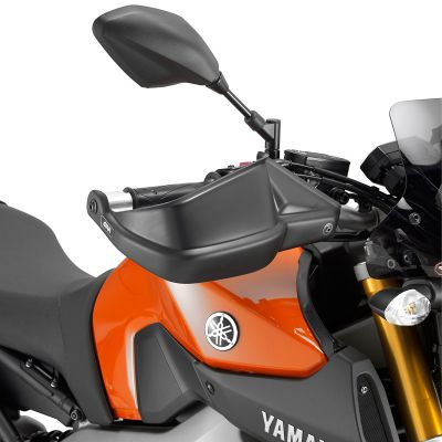 Givi HP2115 Motorcycle Hand Guards - Yamaha MT-07, XSR700 and MT-09